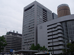 第一生命ほけんショップ大阪駅前店店舗写真1